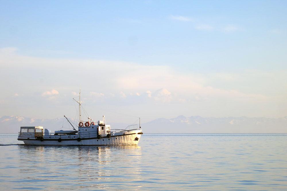 baikal_boat_IMG_8192