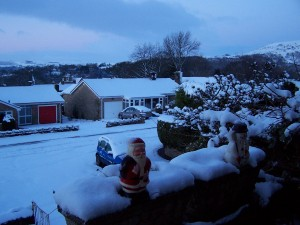 Snow in Bamford 271214 (2)