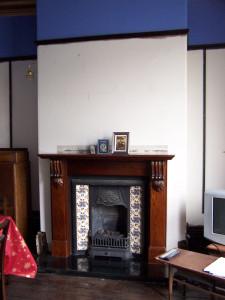 Front Room 020515 (1).JPG