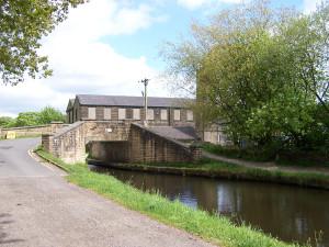 Slaithwaite Canal Walk 160515 (6).JPG