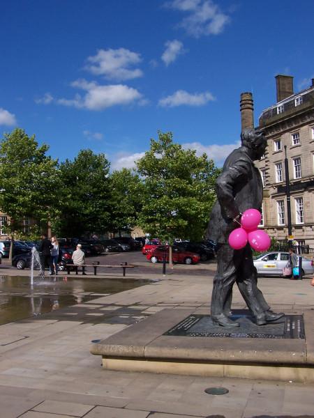 Harold and Balloons (2).JPG
