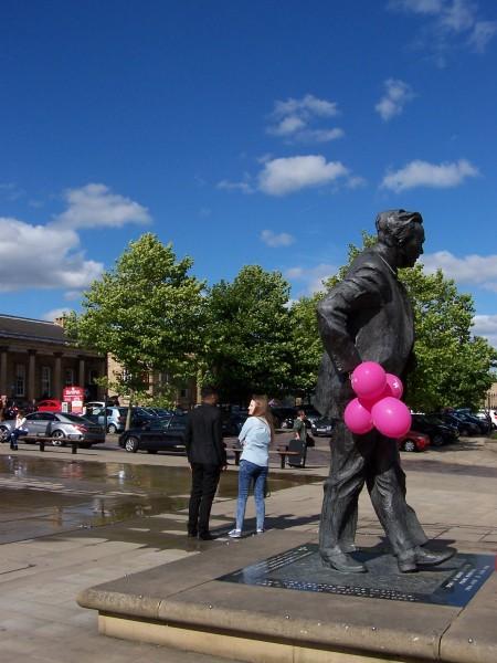 Harold and Balloons (1).JPG