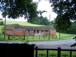 Nutley Churchyard 140812 (8)