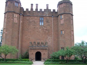 Kenilworth Castle 210812 (12)