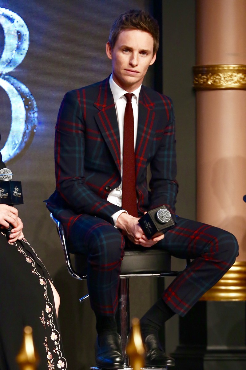 redmayne-suit-nov-18-gucci.jpg