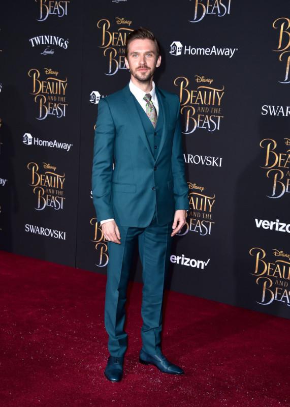 Dan-Stevens-Beauty-and-the-Beast-Los-Angeles-Movie-Premiere-Red-Carpet-Fashion-Lorenzo-Site-1.jpg
