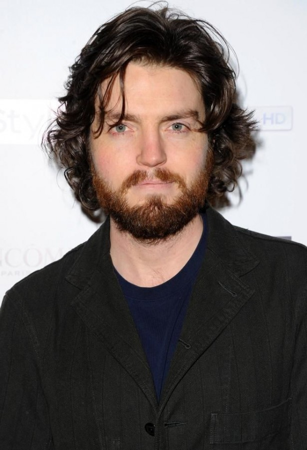 tom-burke-looks-good-with-beard.jpg