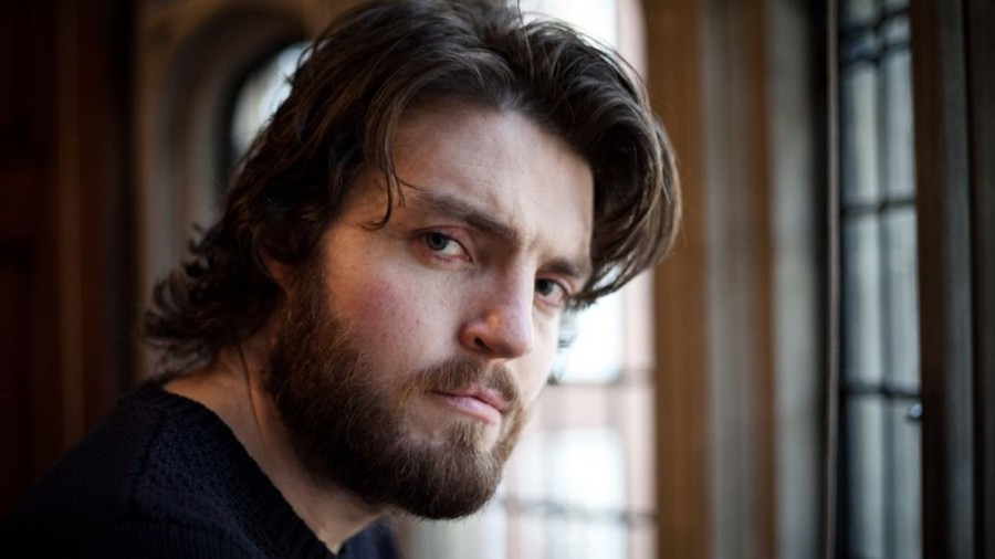 sexy-tom-burke-photoshoot-image.jpg