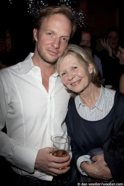 Rupert Penry-Jones with his mother Angela Thorne.jpg