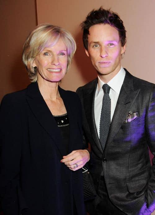 Eddie Redmayne with his mother Patricia Redmayne.jpg