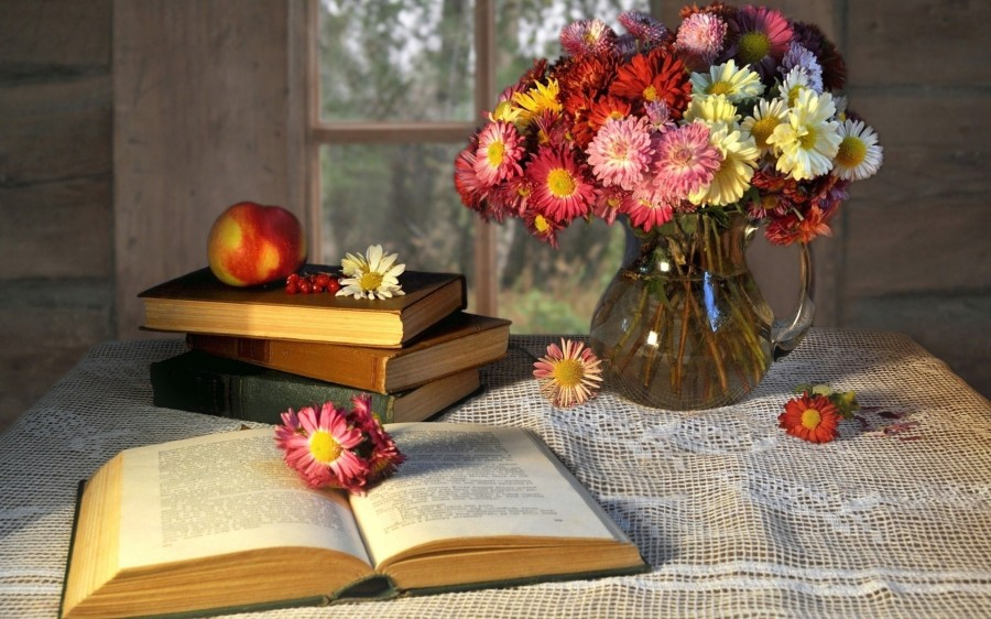 books-and-flowers-2.jpg
