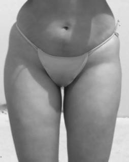 Фото ног девушек в чулках и колготках сперме