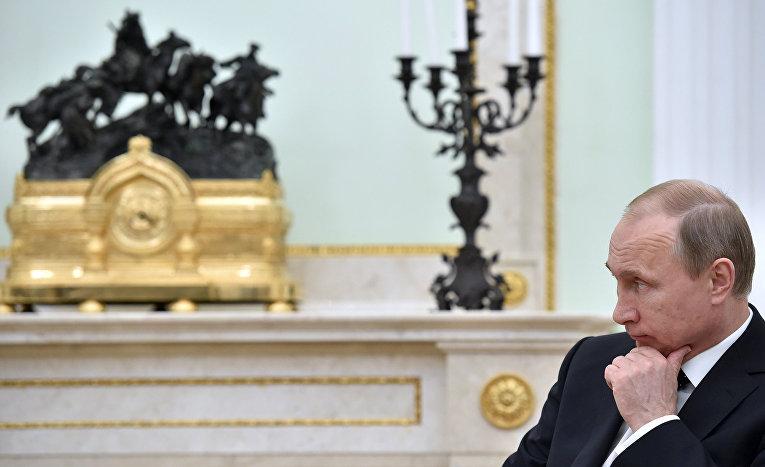 Опасности путинского «ручного управления»