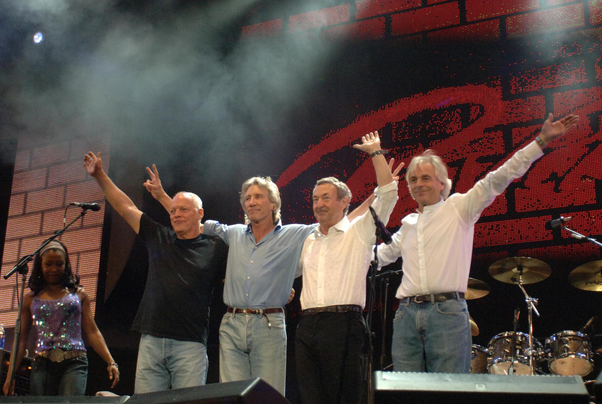 Pink Floyd 02.07.2005 Live 8 by John M