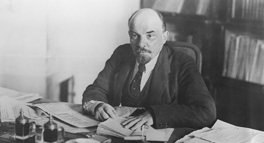 Интервью с Лениным.