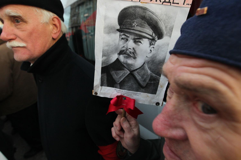 Россияне стали безразличнее относиться к сталинским репрессиям