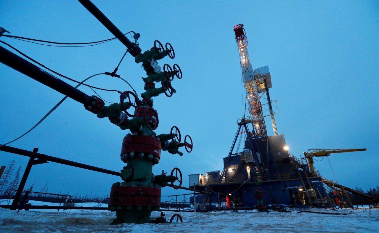 A-well-head-and-drilling-rig-in-the-Yarakta-Oil-Field-owned-by-Irkutsk-Oil-Company-INK-in-Irkutsk-Russia