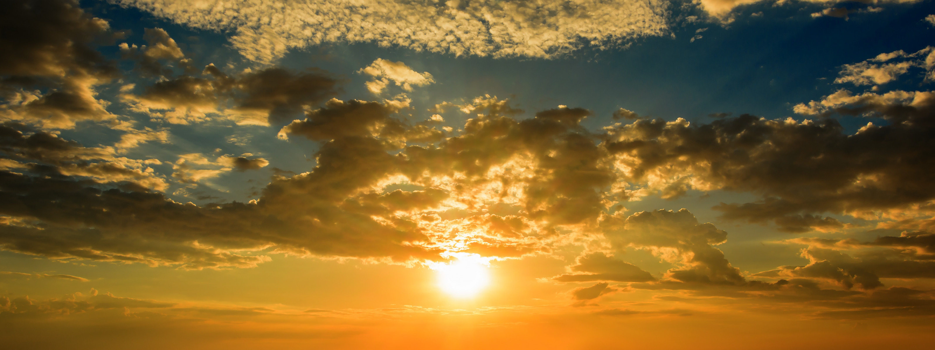 zakat-golden-nebo-seascape-sand-romantic-sea-pliazh-leto-s-1