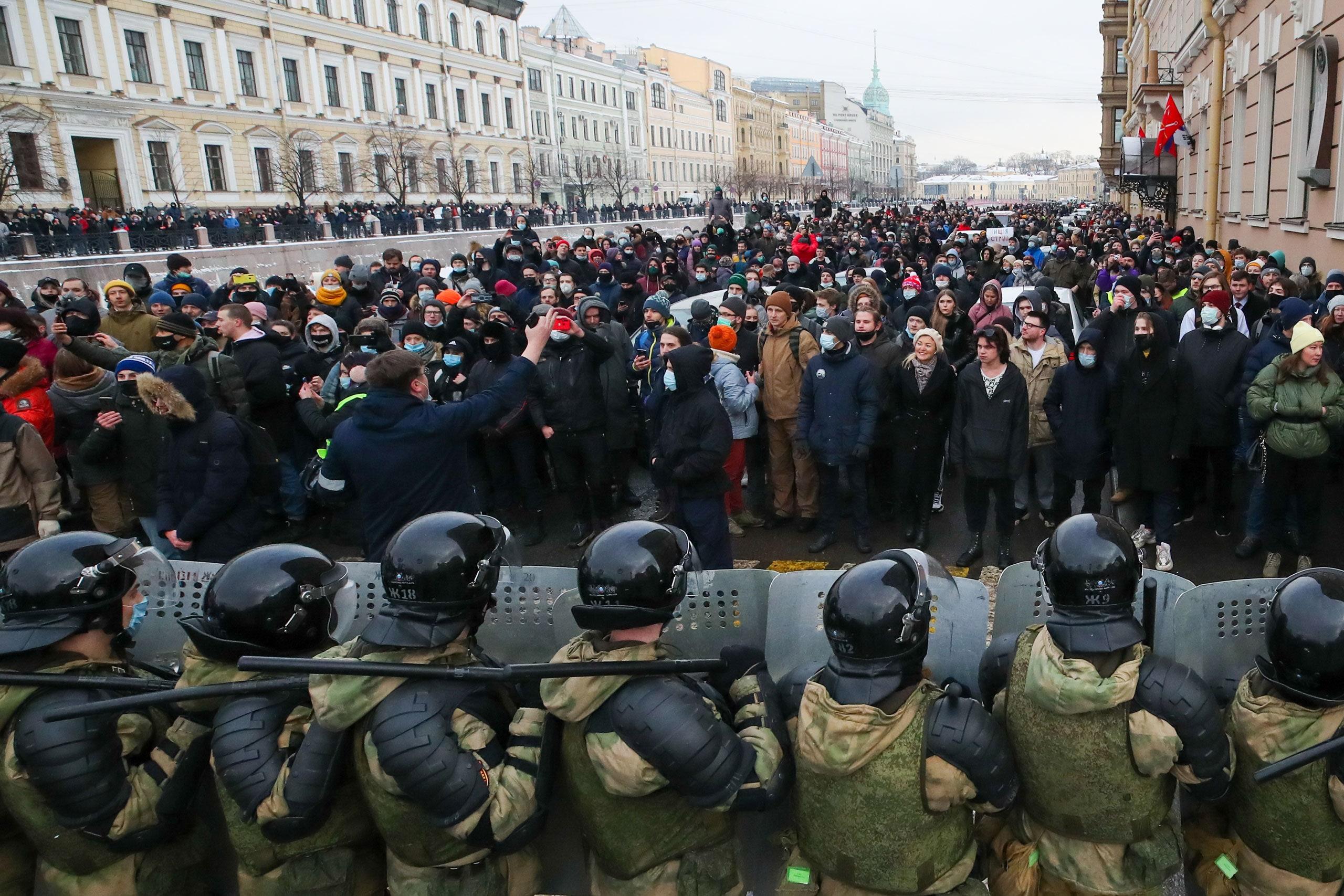 Gessen-LatestRussiaProtests