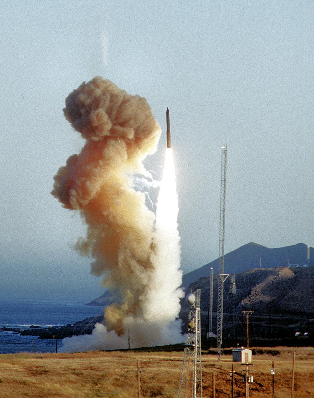 MinutemanIII-test-launch