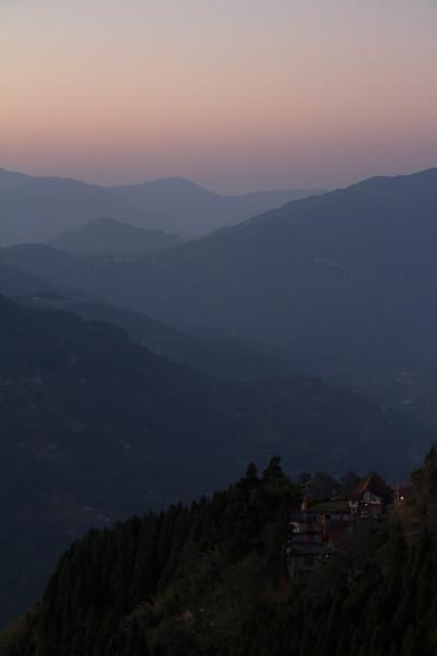 Рассвет в Восточном Сиккиме (Индия). Sunrise in the East Sikkim (India)