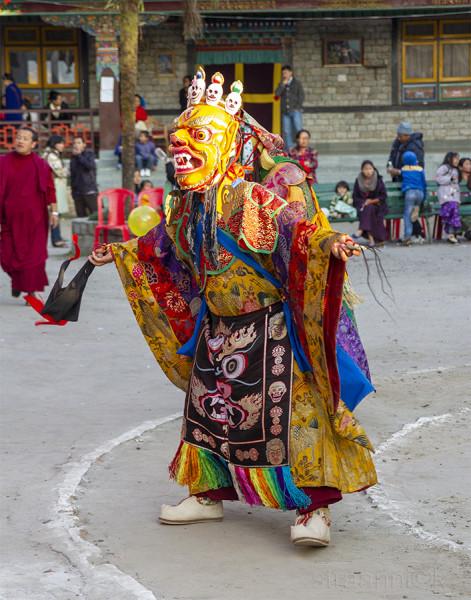 Religion. Cham Dance. Masked and costumed mystery dance of Tantric Buddhism. Dharmapalas, Bodhisattvas. Vajrayana. Sikkim. Сикким. Маски танца Цам - сакральной костюмированной церемонии Тантрического буддизма. Дхармапалы, бодхиcатвы, ваджраяна