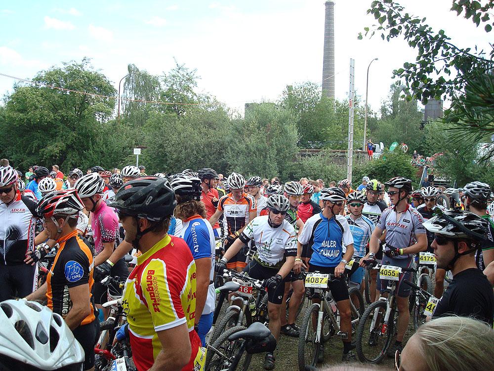team_stradalli_mtb_races_start.jpg