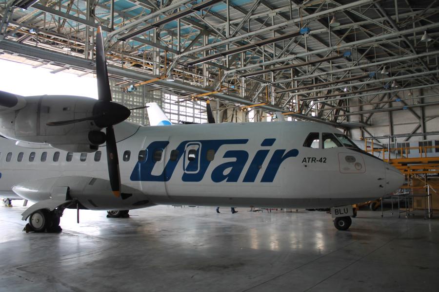Банк «Россия» активно скупает долги авиакомпании Utair