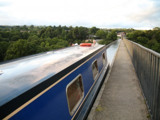 Our boat on the aqueduct...