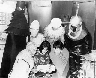 Les chroniques du Docteur- Ze return back (Doctor Who inside) - Page 3 307830_320