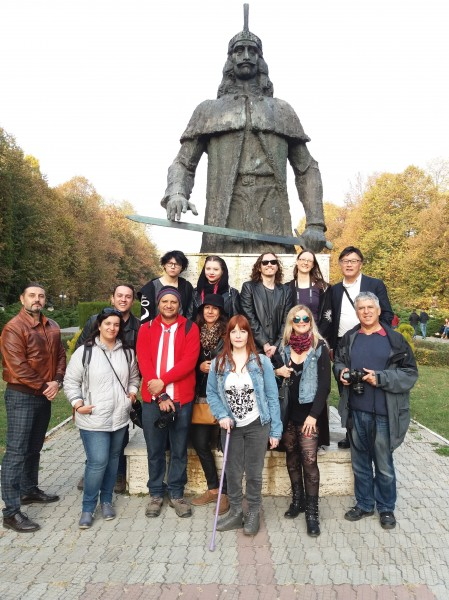 Group in front of the Vlad statue Targoviste 3.jpg