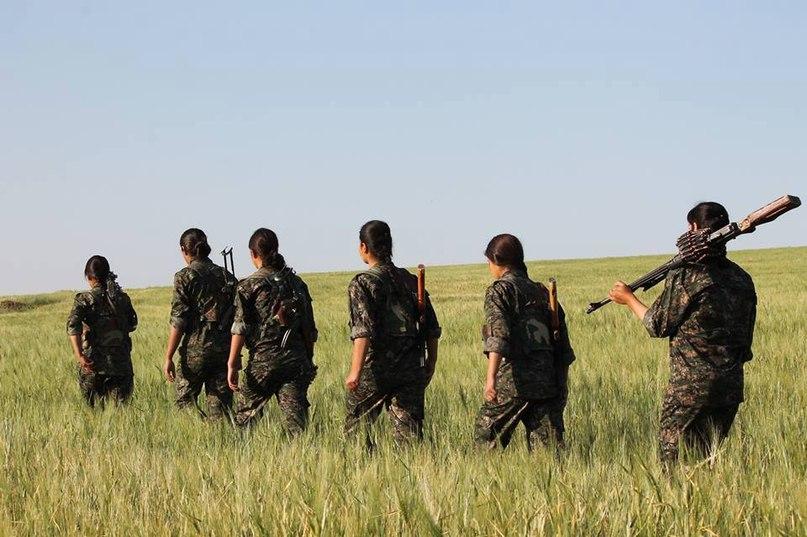 Жещины=курдянки