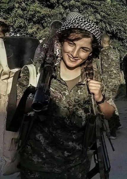 Курдская женщина