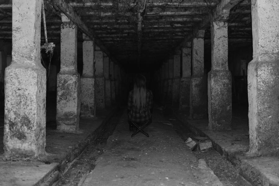 Девушка в темноте DSC_2440-1.jpg