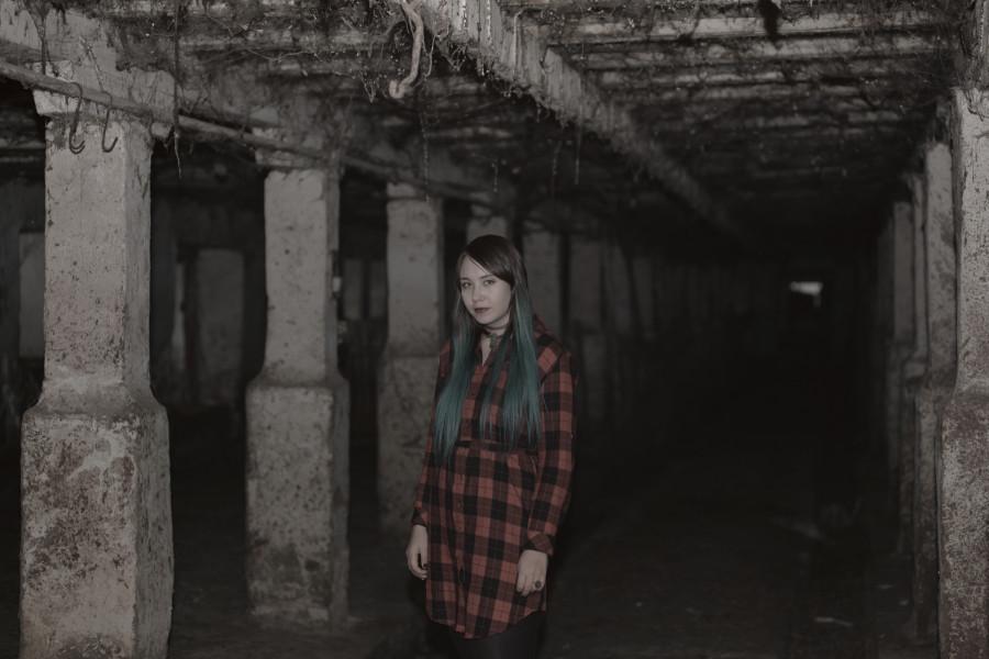Девушка в темноте DSC_2453-1.jpg