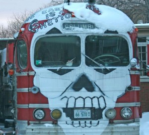 sarala-painted-bus-chicago-photo-blog-300x273