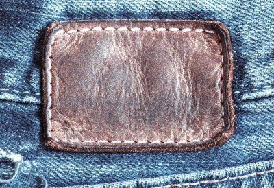 17973756-old-jean-leather-tag