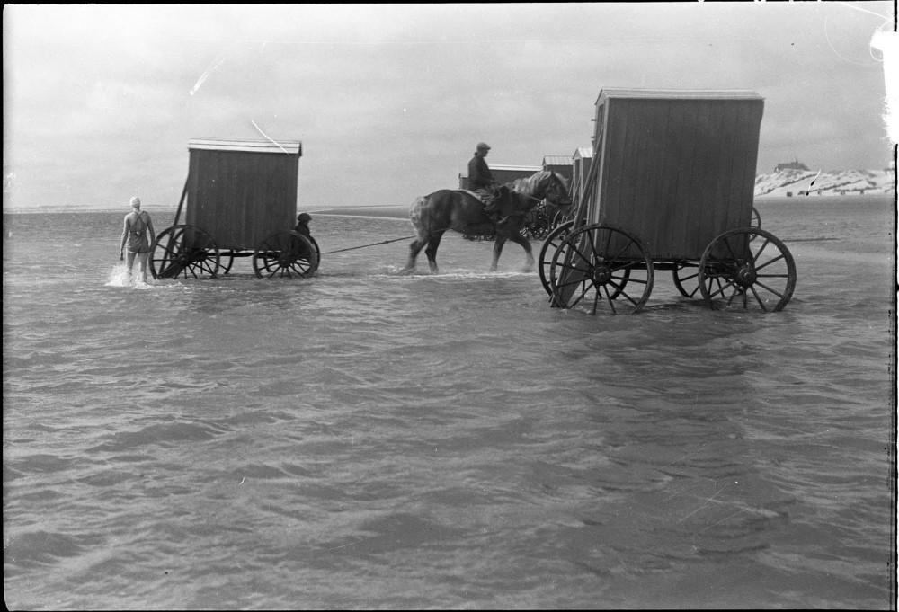machine-bain-cabine-plage-mer-11