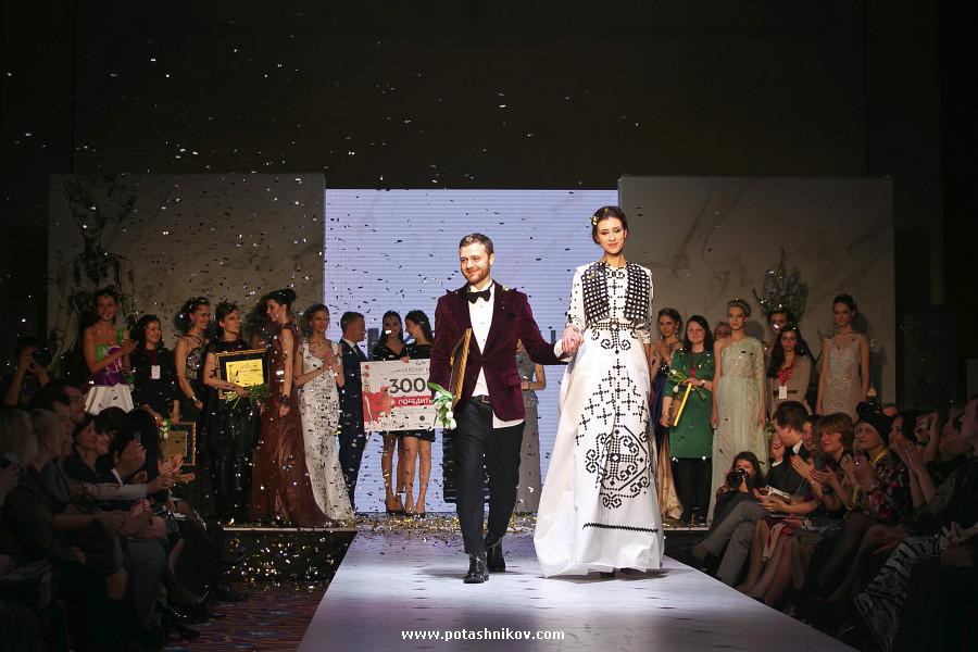 Фотографии с финального показа конкурса платьев в стиле Керамин 2015 в гостинице Пекин в Минске