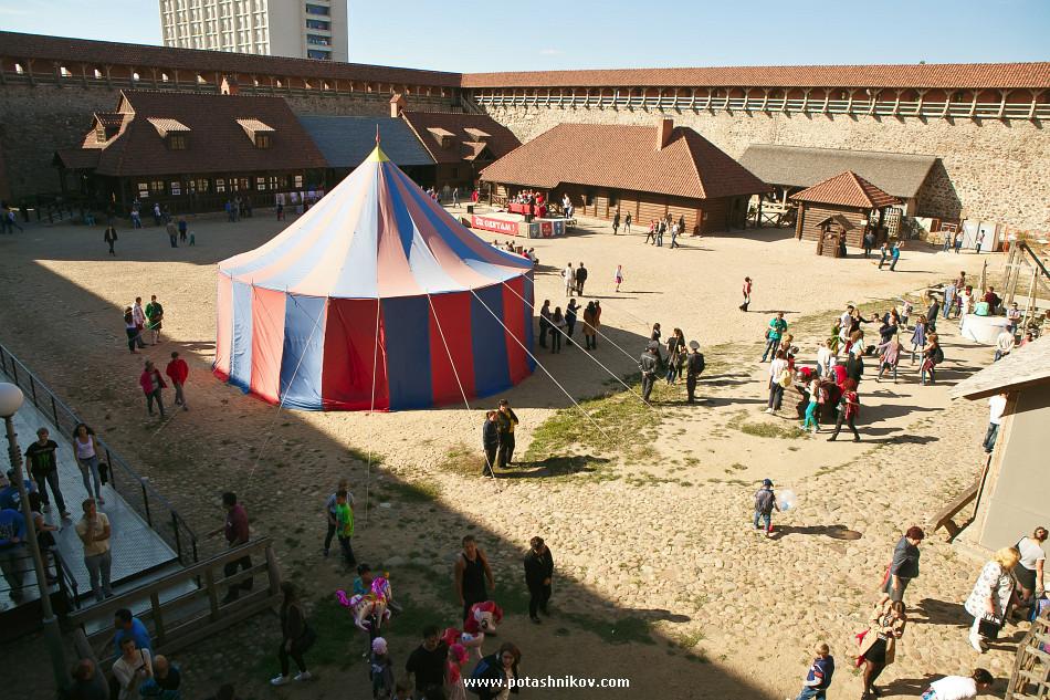 ОктоберФэст по-беларусски - фестиваль хмеля и воды LidBeer в день города Лида. Мой первый полет на вертолете
