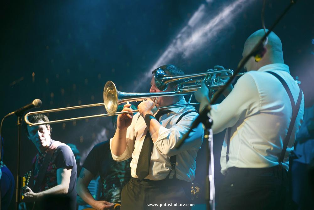 Фотографии с концерта Грика Сукачева в Минске. Рок-н-ролл жив, настоящая легенда русского рока!