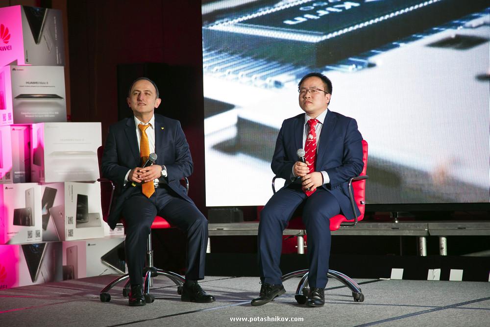 Презентация Huawei Mate 8 нового смартфона премиум сегмента состоялась в Минске. Фотографии и мнения