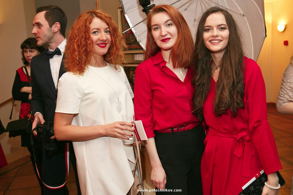 Фотографии с благотворительного показа в красных платьях Red Dress МТС прошедшего в Минске