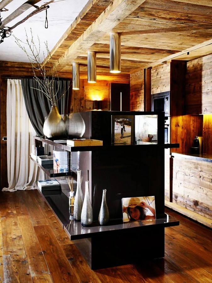 Rustic-Home-Cortina-dAmpezzo-Italy-Kitchen-Lighting