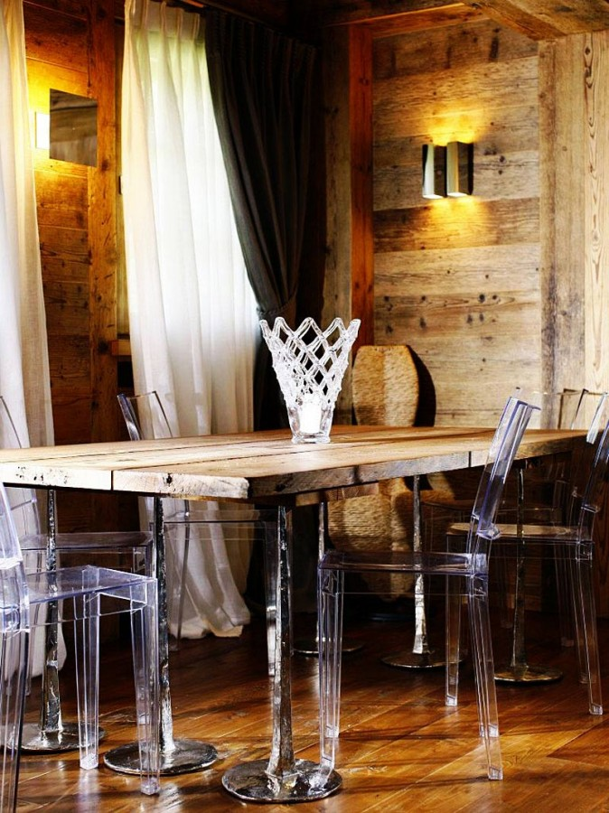 Rustic-Home-Cortina-dAmpezzo-Italy-Rough-Wood-Dining-Table