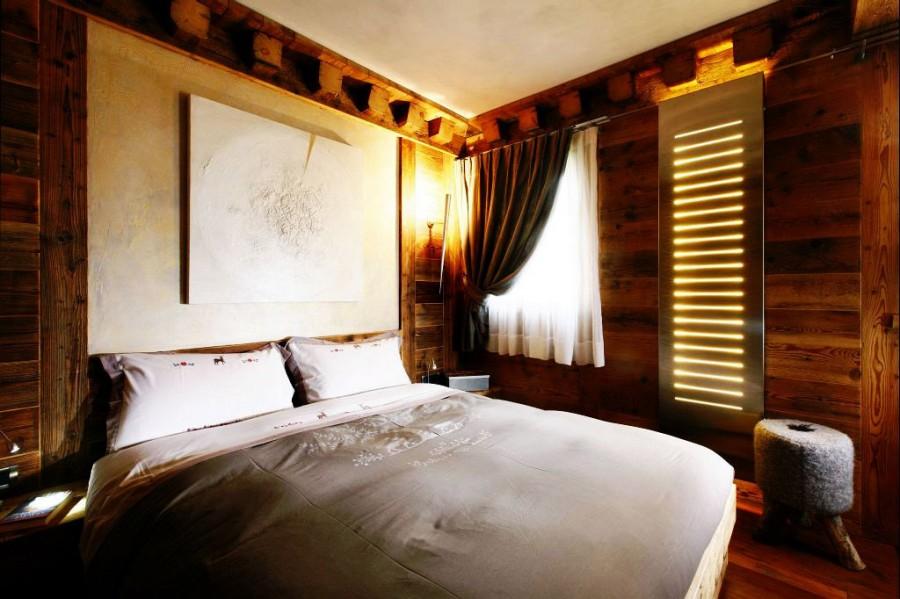 Rustic-Home-Cortina-dAmpezzo-Italy-Bedroom