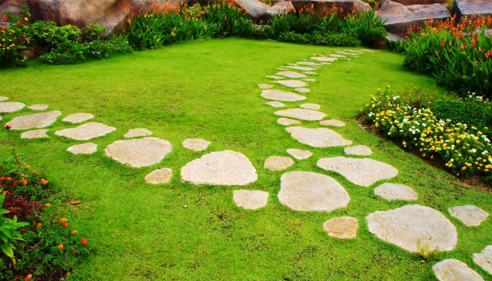 Stepping-Stones-for-Garden-Paths