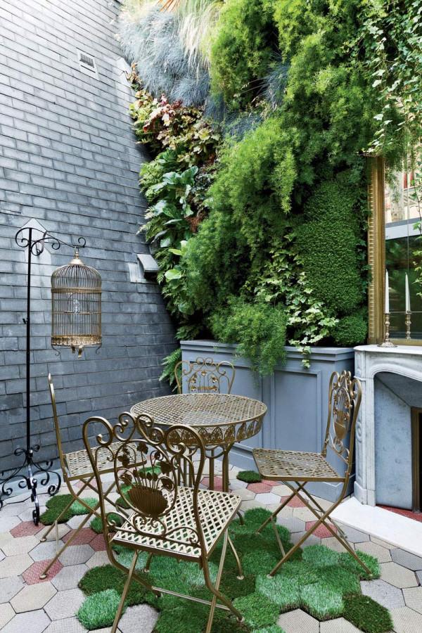 Apartment-Paris-France-Courtyard