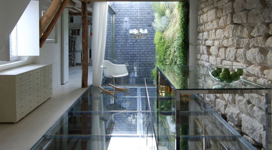 Apartment-Paris-France-Glass-Floor-Wall