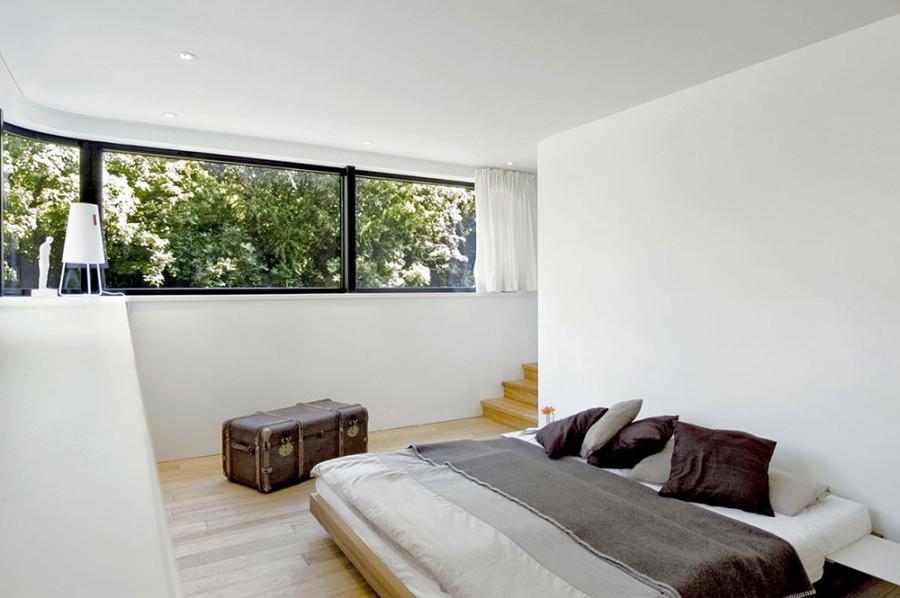 Houseboat-Eilbek-Canal-Bedroom